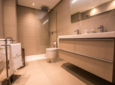 Botanic-benahavis-Apartments-Sea-Views-property-for-sale-new-development-Costa-del-Sol-Estepona-Marbella-Callow-Estates-bathroom