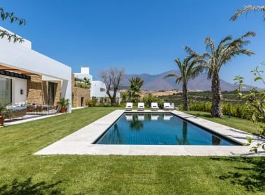 Green-10-finca-cortesin-Villa-marbella-casares-callow-estates-real-estate-pool