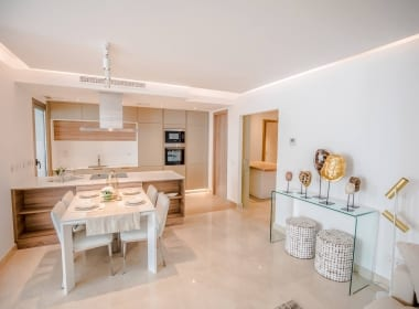 Royal-Banus-apartment-property-for-sale-new-development-Costa-del-Sol-Estepona-Marbella-Callow-Estates-kitchen